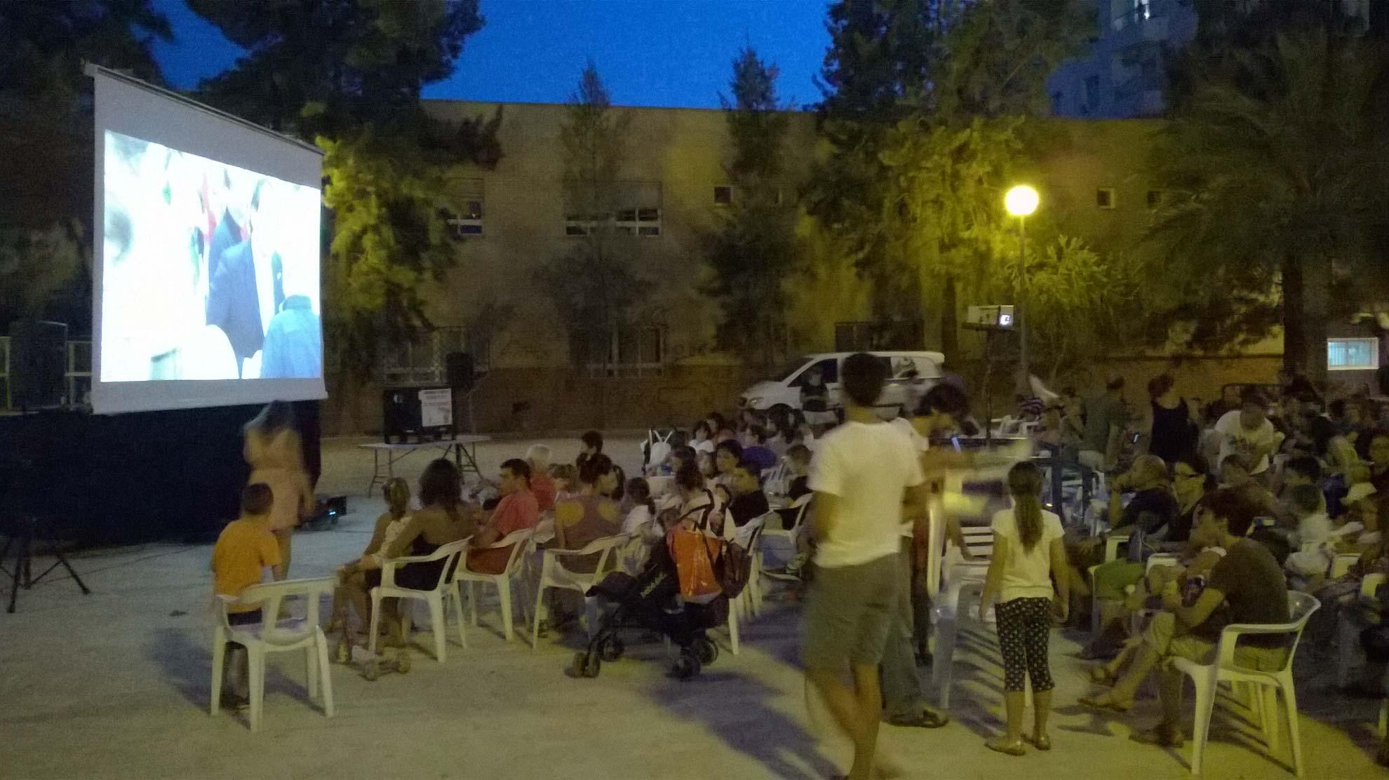 Cine verano gandia 2014 cine gratis al aire libre - Apartamentos en gandia baratos verano ...