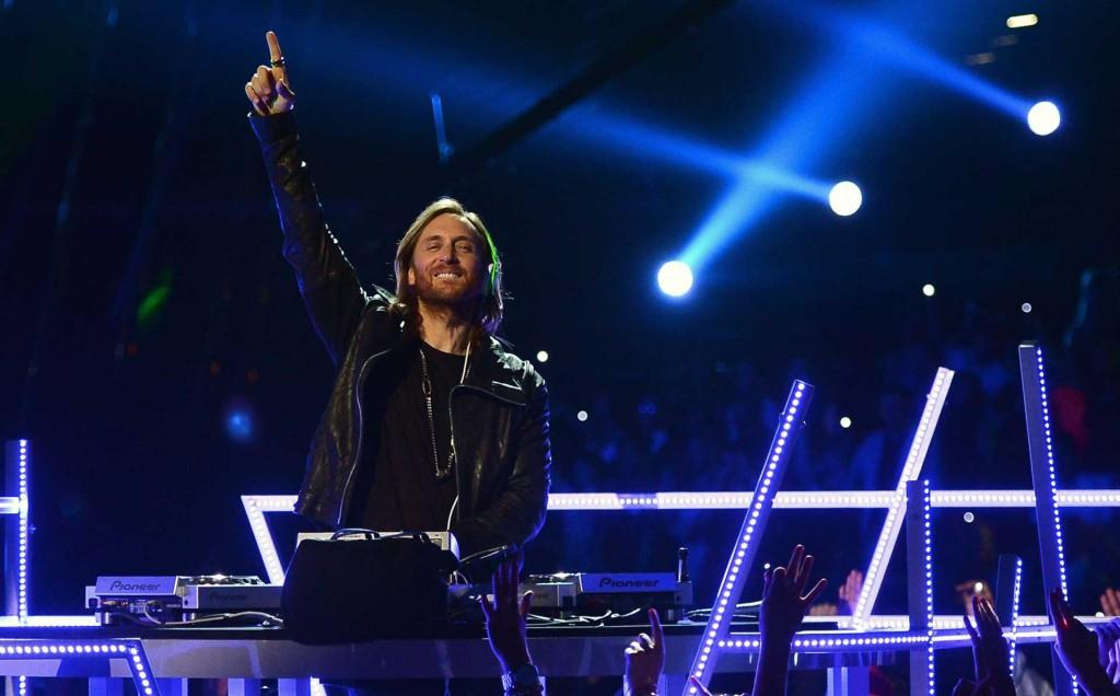 2015-David-Guetta