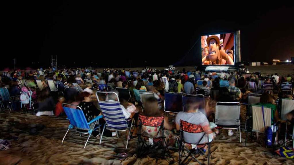 Foto del cine verano actividades en Gandia julio 2017
