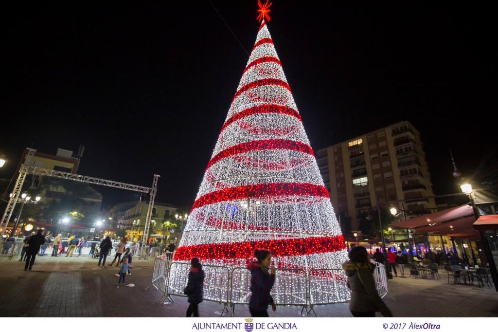 foto arbol actividades Gandia Navidad 2018